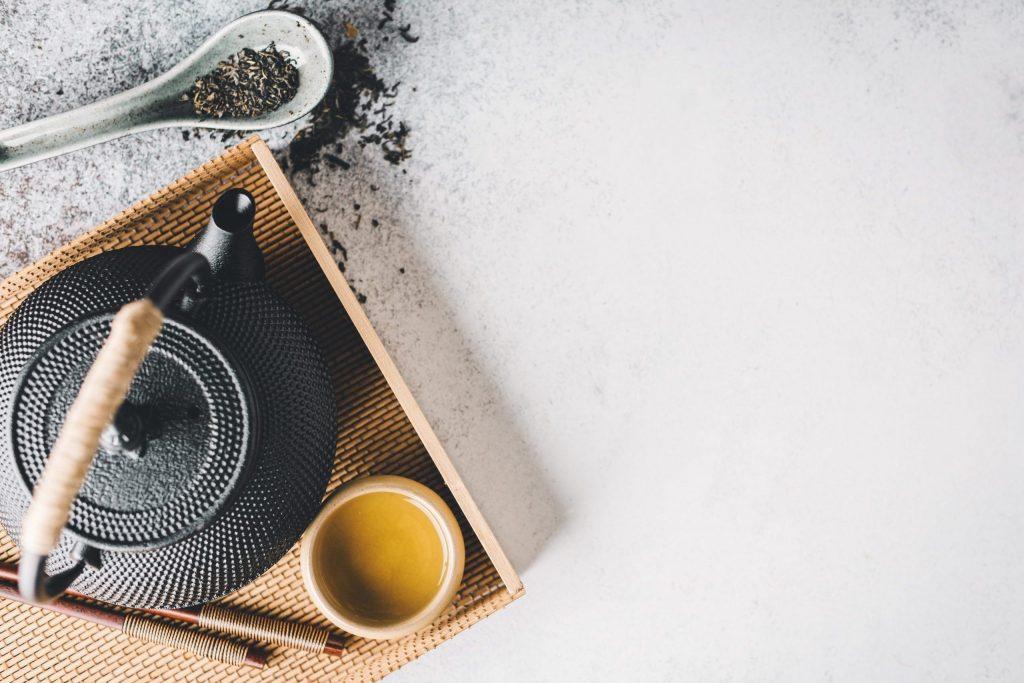 10 چای گیاهی ( دمنوش) که باید قبل از مرگ خورد!
