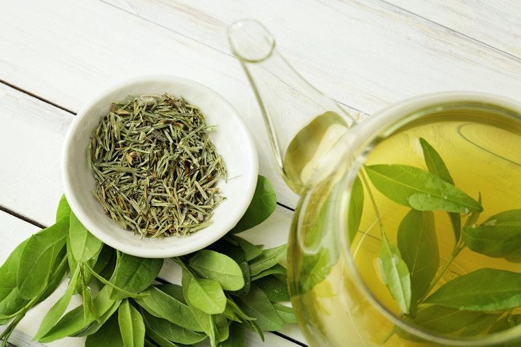 عصاره چای سبز برای پاکسازی پوست